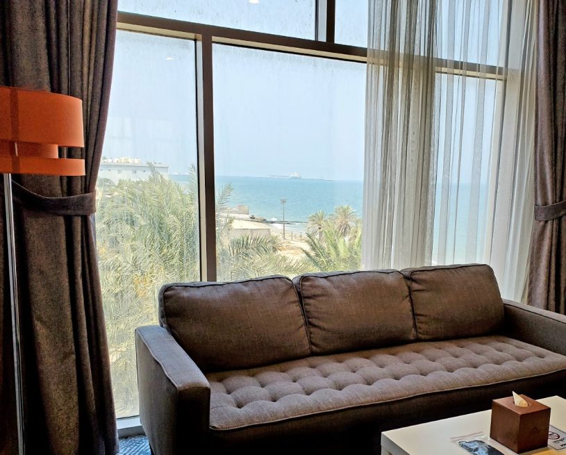 غرفة ديلوكس مزدوجة بسرير كينج – إطلالة جزئية على البحر